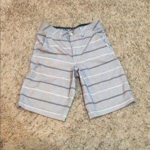 Hybrid shorts size 28